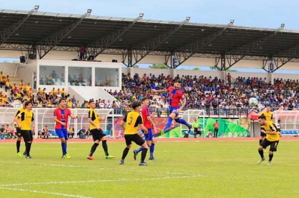 Davao Aguilas FC, Ceres Negros FC