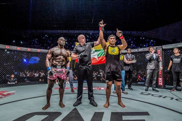 Alain Ngalani, Olivier Coste, Aung La N Sang