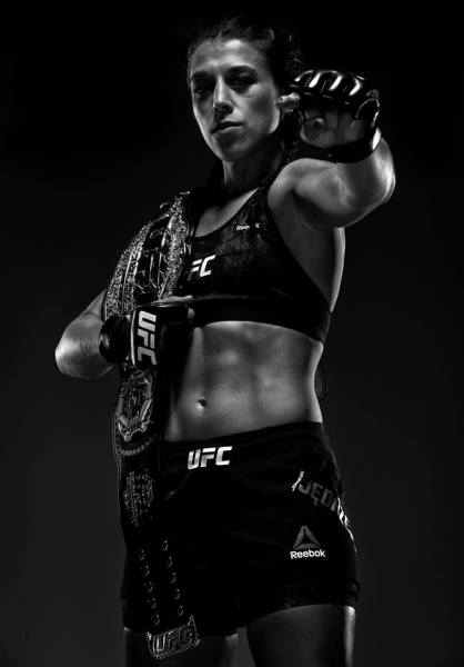 Joanna Jedrzejczyk (Facebook/UFC)