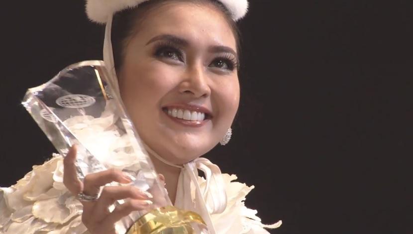 Miss International 2017 Kevin Lilliana