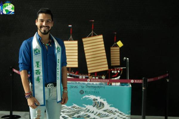 Mister Mexico Fernando Kolbeckc