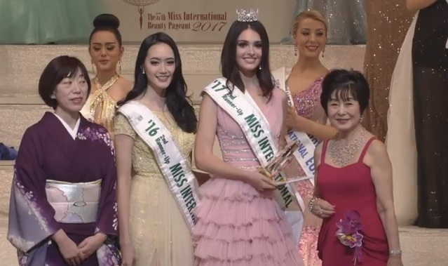 Miss International 2016 Felicia Hwang, Miss International 2017 second runner-up Diana Croce