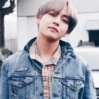 V of BTS is world's most handsome in 2017