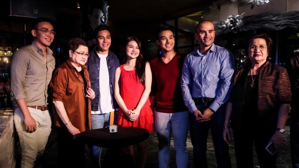Mark Manicad, Precy M. Tolentino, Jak Roberto, Barbie Forteza, Ken Chan, Paolo Mendoza, Rosalinda Mendoza