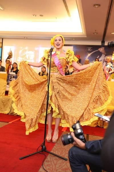 Karol Abarca (Facebook/Miss Tourism International)