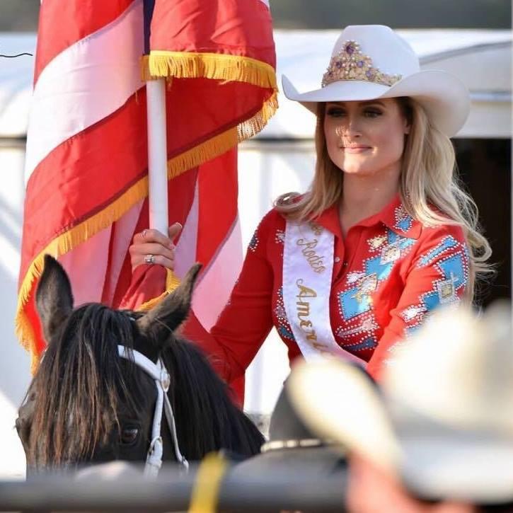 Lisa Lageschaar (Facebokk/Miss Rodeo America)