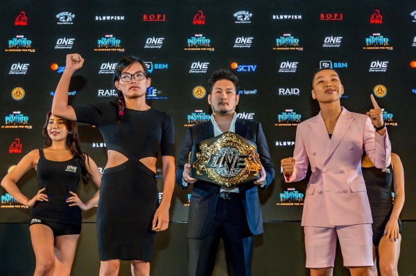 Tiffany Teo, Chatri Sityodtong, Xiong Jing Nan
