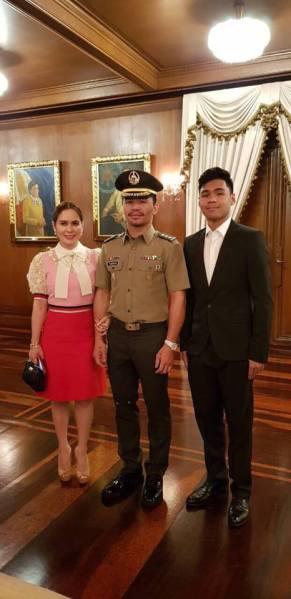 Jinkee Pacquiao, Manny Pacquiao, Michael Pacquiao (Facebook/Manny Pacquiao)