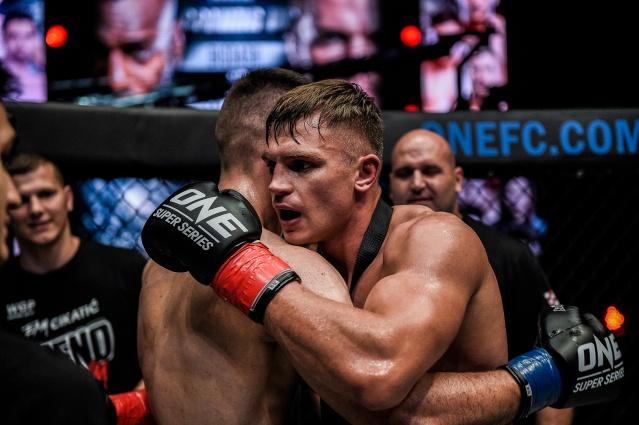 Antonio Plazibat, Sergej Maslobojev (© ONE Championship)