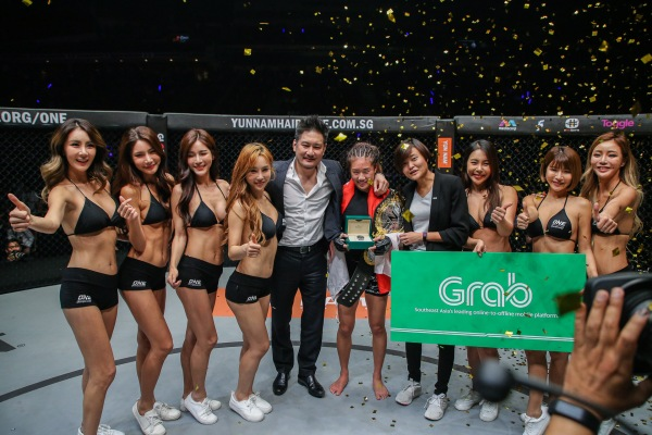 Chatri Sityodtong, Angela Lee