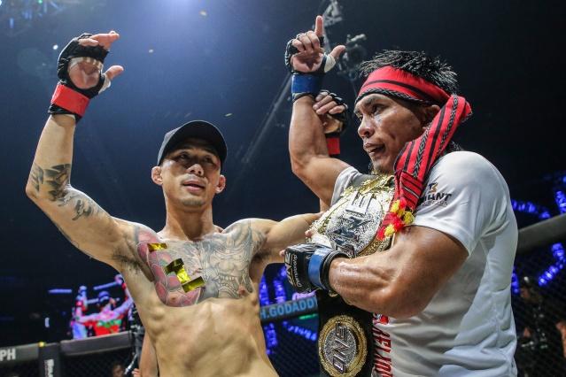 Martin Nguyen, Kevin Belingon (© ONE Championship)
