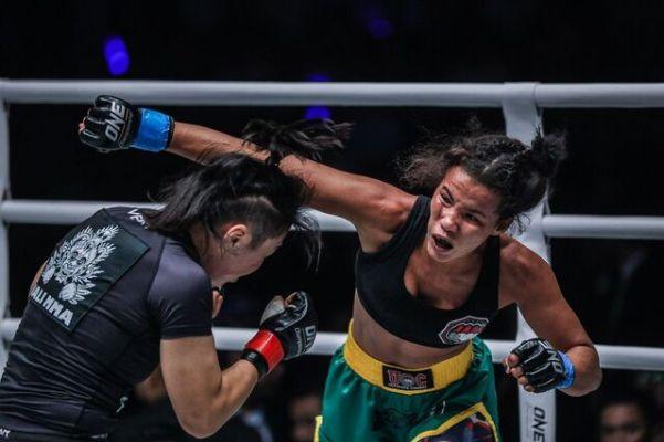 Xiong Jing Nan, Samara Santos (© ONE Championship)