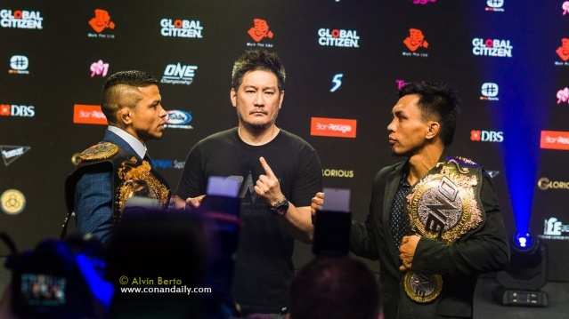 Bibiano Fernandes, Chatri Sityodtong, Kevin Belingon (photo by Alvin Berto)