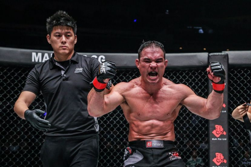 Kemp Cheng, Adrian Pang (© ONE Championship)
