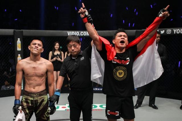 Eddey Kalai, Yuji Shimada, Egi Rozten (©ONE Championship)