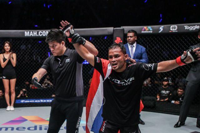 Kemp Cheng, Dejdamrong Sor Amnuaysirichoke (© ONE Championship)