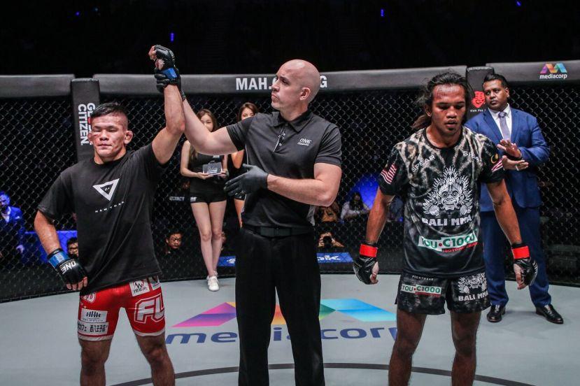 Shuya Kamikubo, Olivier Coste, Muhammad Aiman (© ONE Championship)