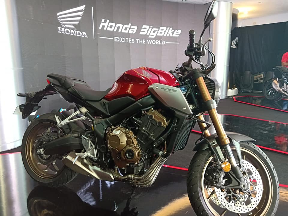 honda philippines launches cb650r  goldwing  cb1000r big