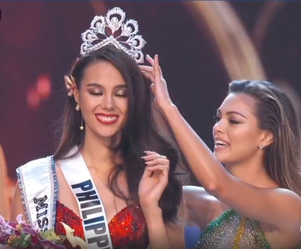 Catriona Gray, Demi-Leigh Nel-Peters