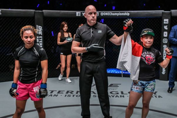 Jomary Torres, Olivier Coste, Mei Yamaguchi (© ONE Championship)