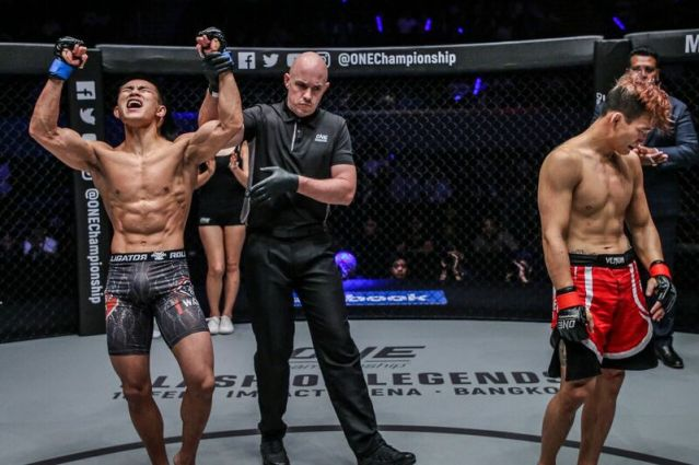 Tang Kai, Olivier Coste, Sung Jong Lee (© ONE Championship)