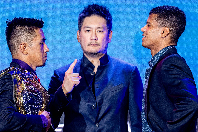 Geje Eustaquio, Chatri Sityodtong, Adrian Moraes (©ONE Championship)