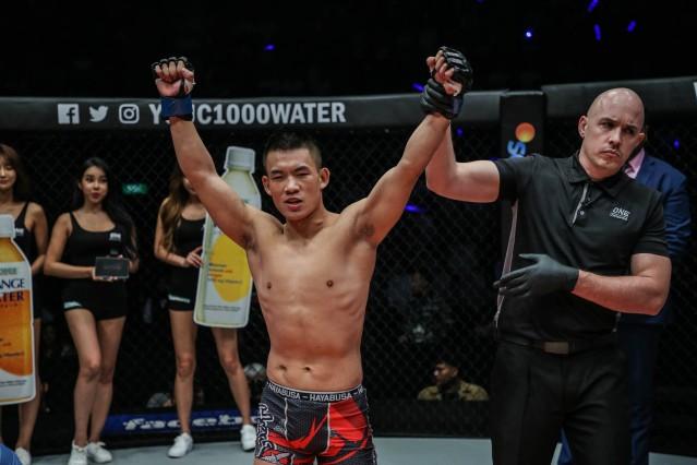Niu Kang Kang, Olivier Coste (© ONE Championship)