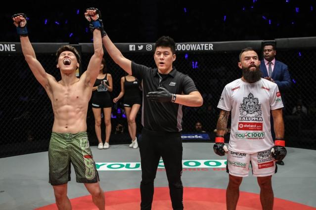Kwon Won Il, Kemp Cheng, Anthony Engelen (© ONE Championship)