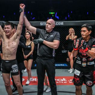 Shinya Aoki, Olivier Coste, Eduard Folayang (©ONE Championship)