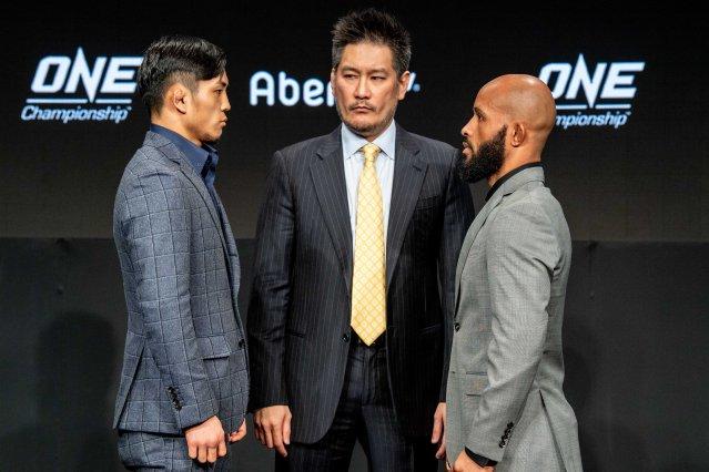 Yuya Wakamatsu, Chatri Sityodtong, Demetrious Johnson (©ONE Championship)