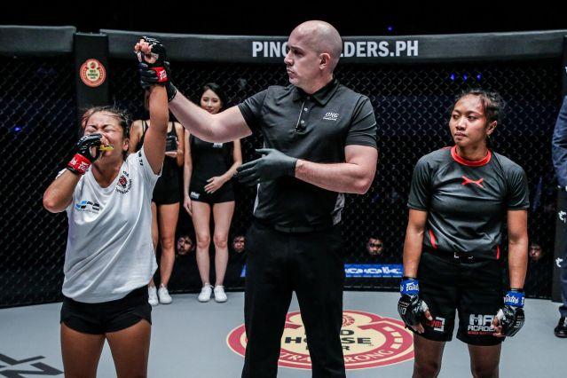 Bi Nguyen, Olivier Coste, Dwi Ani Retno Wulan (© ONE Championship)