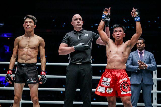 Kim Kyu Sung, Olivier Coste, Geje Eustaquio (© ONE Championship)