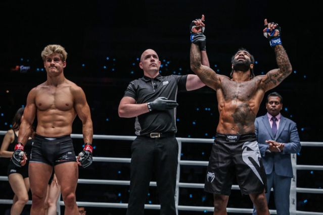 Sage Northcutt, Olivier Coste, Cosme Alexandre (© ONE Championship)