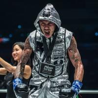 Samy Sana beats Yodsanklai IWE Fairtex in ONE Featherweight Kickboxing World Grand Prix quarter-finals in Singapore