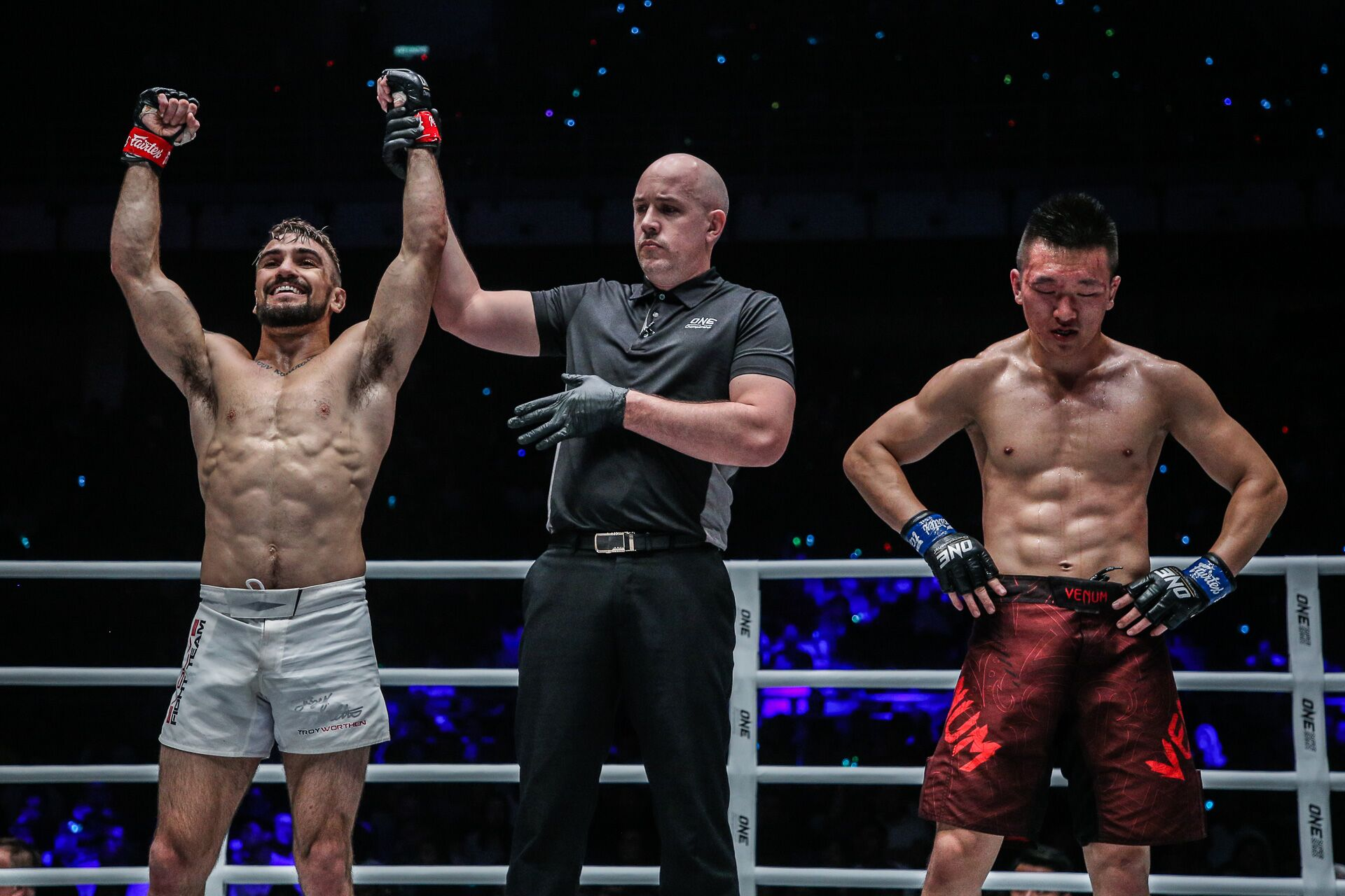 Troy Worthen defeats Chen Rui at ONE: Masters of Destiny