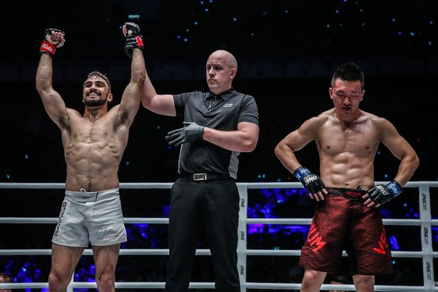 Troy Worthen, Olivier Coste, Chen Rui (© ONE Championship)