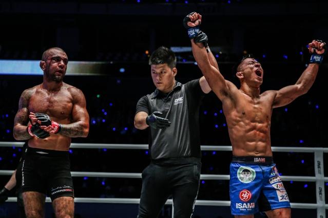 Leandro Issa, Kemp Cheng, Daichi Takenaka (© ONE Championship)