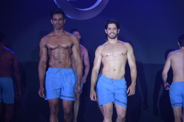 Vishnu Raj Menon, Moises Darío Paredes Alvarado