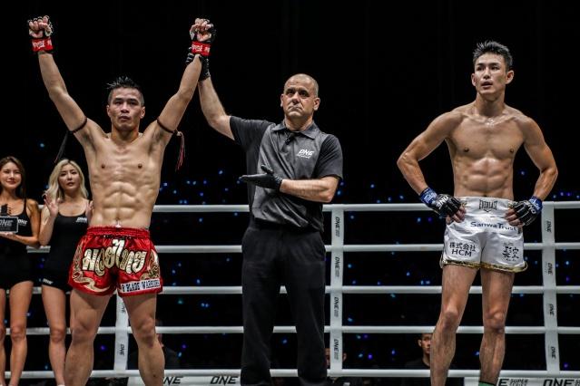 Chris Nguyen, Elias Dolaptsis, Yukinori Ogasawara (©ONE Championship)