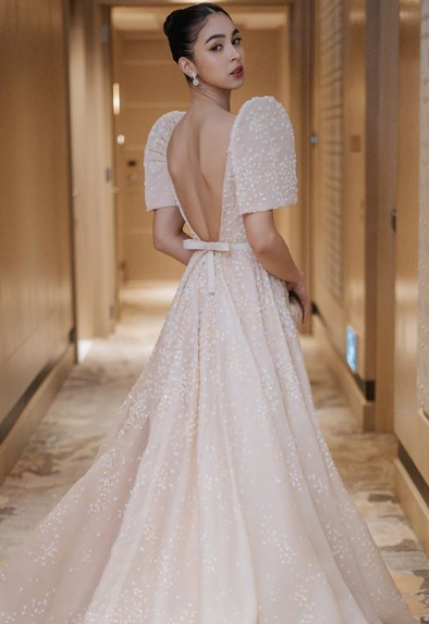 Abs Cbn Ball 2019 Marks Julia Barretto S First Time To Wear Philippine Terno Conan Daily,Country Wedding Rustic Mother Of The Bride Dresses