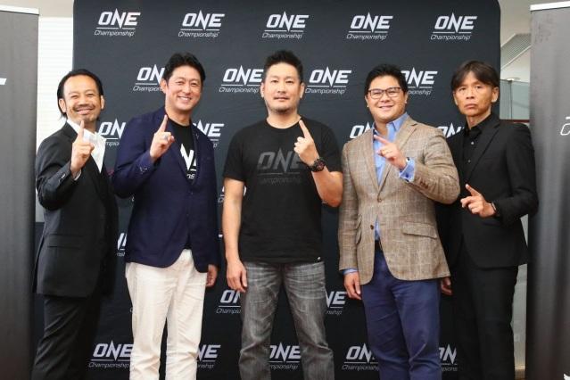 Kazuhiro Sakamoto, Andy Hata, Chatri Sityodtong, Carlos Alimurung, Masakazu Sakai (©ONE Championship)