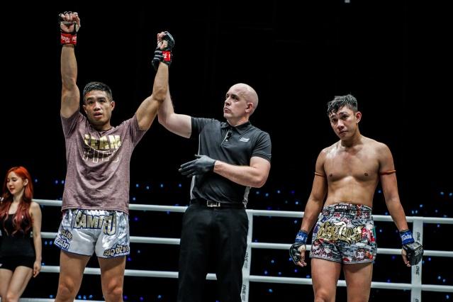 Michael Pham, Olivier Coste Mohamad Fakri Bin Yusoff (©ONE Championship)