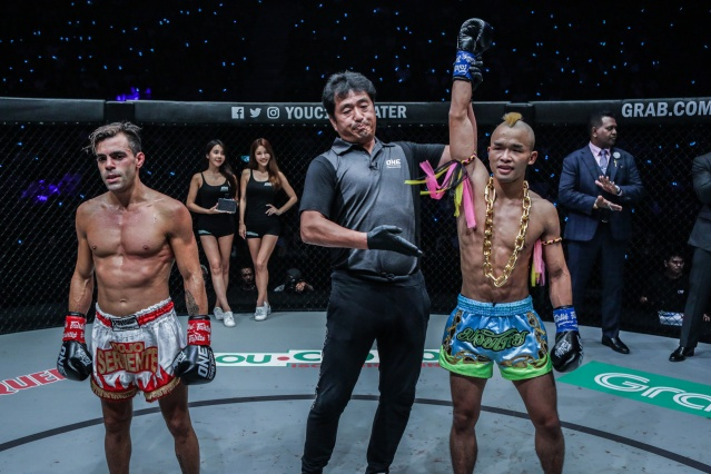 Federico Roma, Atsushi Onari, Wang Junguang (©ONE Championship)
