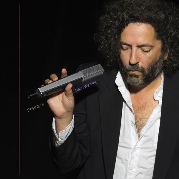 Dan Bejar (© Merge Records)