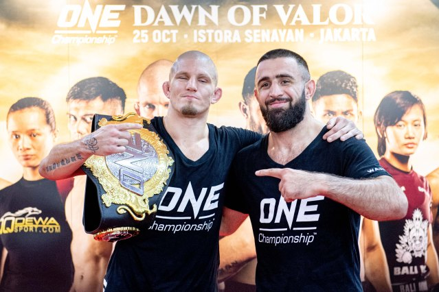Zebaztian Kadestam, Kiamrian Abbasov (©ONE Championship)