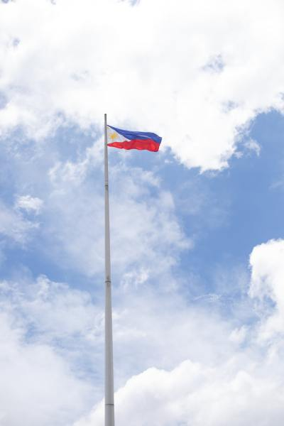 Philippine flag (©Sam Balye)
