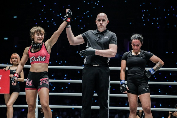 Stamp Fairtex, Olivier Coste, Puja Tomar (©ONE Championship)