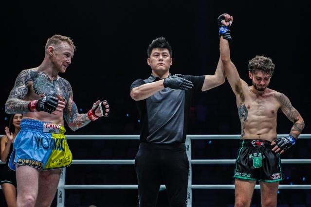 Andy Howson, Kemp Cheng, Josh Tonna (©ONE Championship)