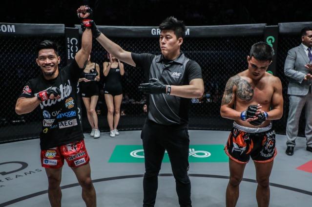 Lito Adiwang, Kemp Cheng, Pongsiri Mitsatit (©ONE Championship)