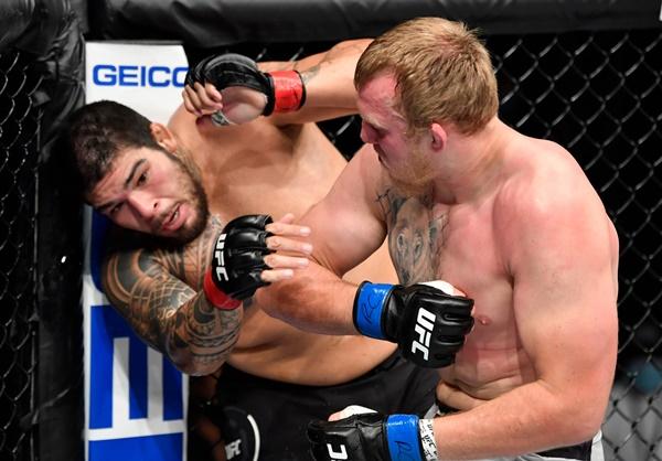 Chișinău, Moldova's Sergey Spivak earns 2nd UFC win at 'UFC Fight Night  172' on Yas Island, Abu Dhabi – CONAN Daily